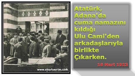 Atatürk Cuma Namazı Çıkışı